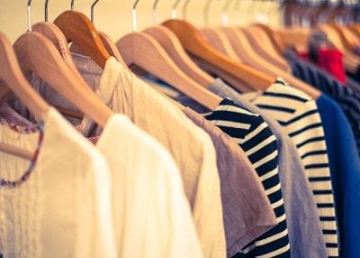 アパレル店の服