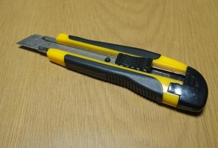 業務用のカッターナイフ